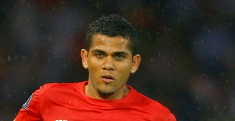 Alves: Committed to Sevilla