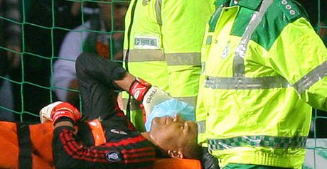 Dida: Stretchered off