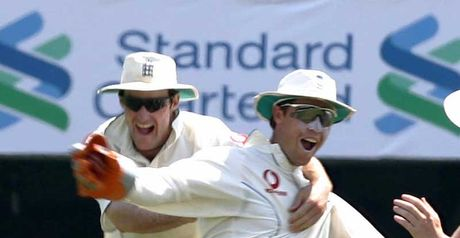 Strauss and Jones celebrate an England wicket in 2005