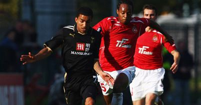 Junior Diaz, seen here battling for the ball with Tottenham's Aaron Lennon, has joined Mainz