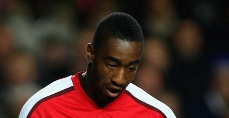 Djourou: Knee injury