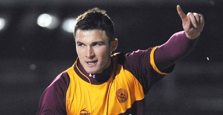 Sutton celebrates for Motherwell