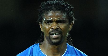 Kanu: Staying with Portsmouth