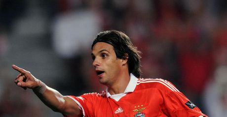 Nuno Gomes: Set for Blackburn deal