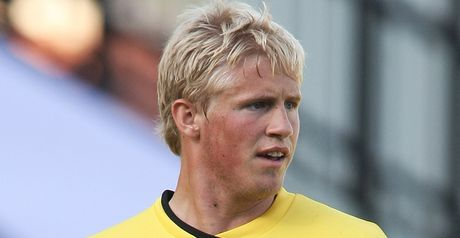 Schmeichel: Signs for Leeds