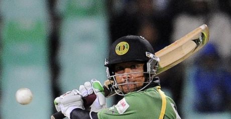 Sarwan: played a lone hand