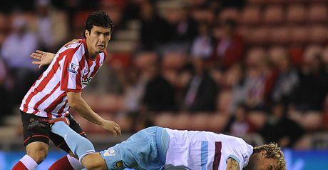 West Ham dive into round four