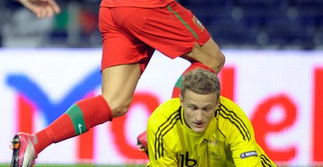 Lindegaard: Signed