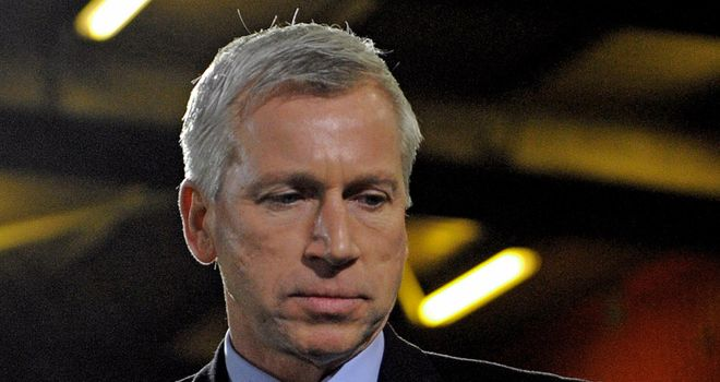 Pardew: Says sorry to fans