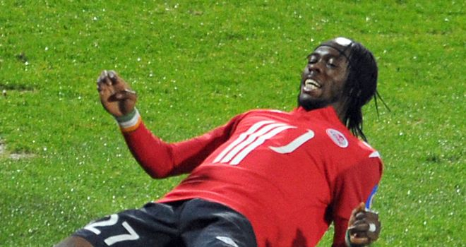 Gervinho: Scored twice in first half as Lille went back to the top with a 5-0 win over Arles