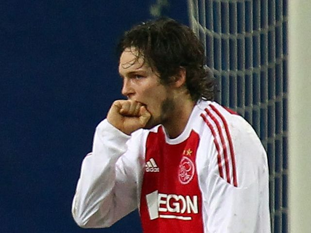 Daley Blind: On target as Ajax beat AZ Alkmaar
