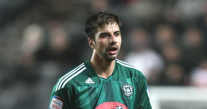Fallon: On trial at Aberdeen after leaving Yeovil