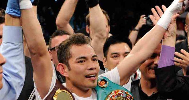 Nonito Donaire won on a split decision against Wilfredo Vazquez Jr