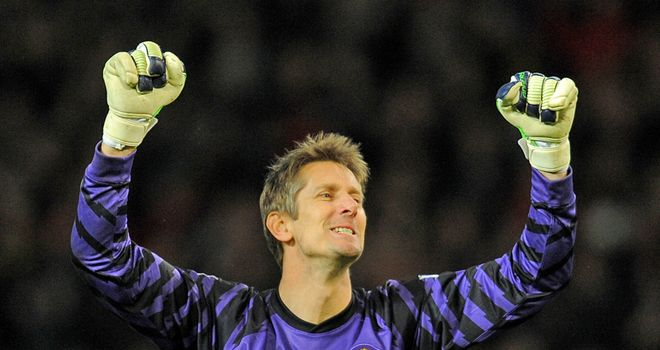 Van der Sar: Not going to change his mind