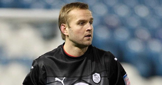 Nicky Weaver: Goalkeeper has battled against knee problems throughout his career