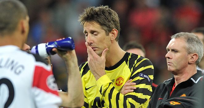 Van der Sar wants to enjoy a break from the game before continuing career