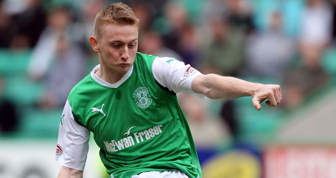 Derek Riordan: Former Celtic and Hibernian striker has signed for St Johnstone