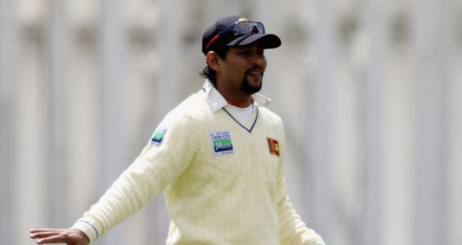 Dilshan: pulling the strings for Sri Lanka
