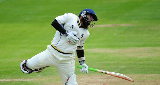 Mohammad Yousuf takes a blow at Edgbaston