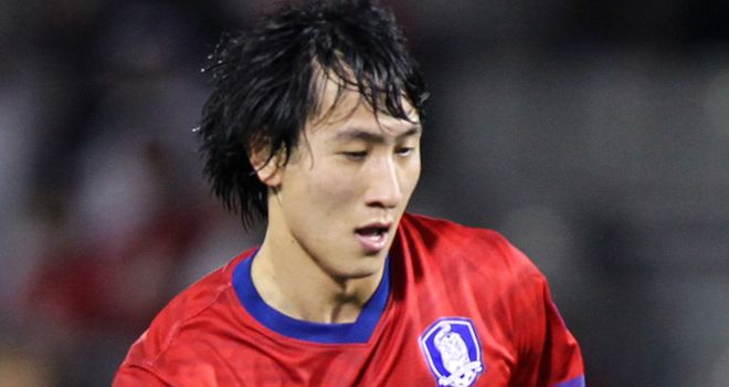 Ji Dong-won: Linked with move to Sunderland