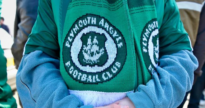 Plymouth: Players threaten strike