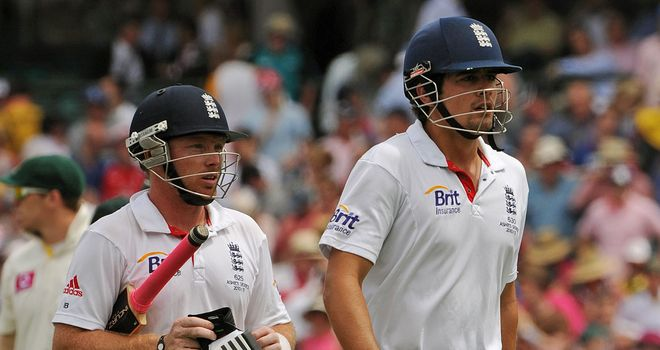 Bell and Cook: piling up the runs