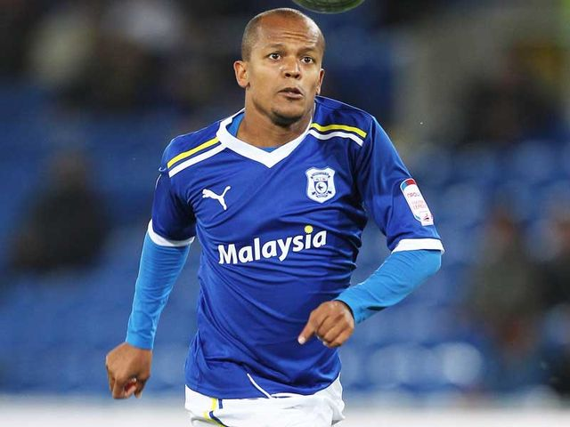 Robert Earnshaw