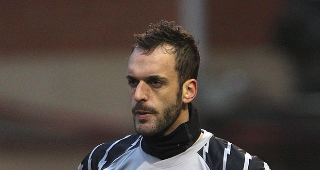 Manuel Almunia: Enjoying his time on loan at West Ham