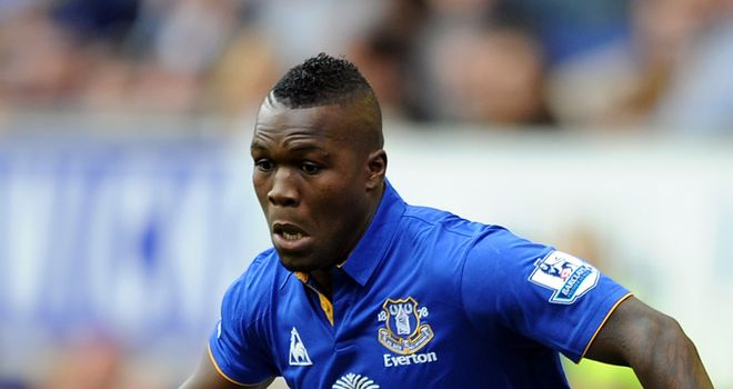 Royston Drenthe: David Moyes wants the Dutchman to fight for a long-term contract