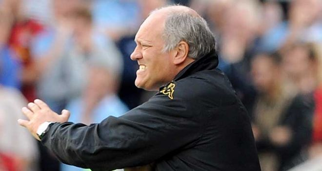 Martin Jol: Wants his Fulham side to have discipline and pull in same direction