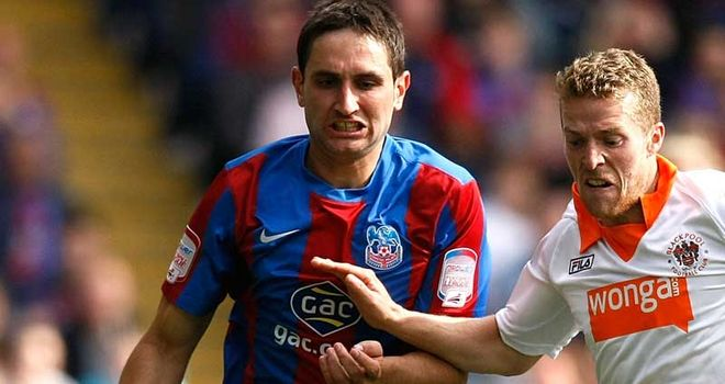 Aleksandar Tunchev: Returns to Leicester after succesful spell with Crystal Palace