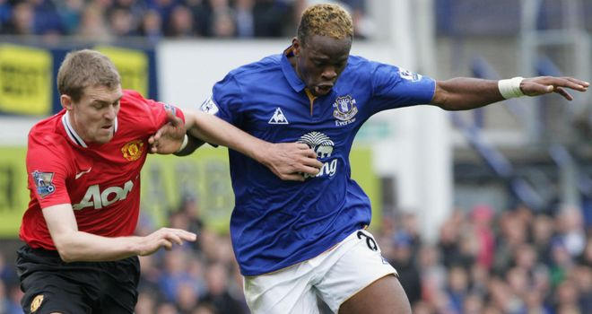 Louis Saha: Everton striker is not thinking about moving to Paris St Germain
