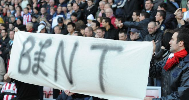 Sunderland fans still hurt over Darren Bent&#39;s big money move to Villa in January