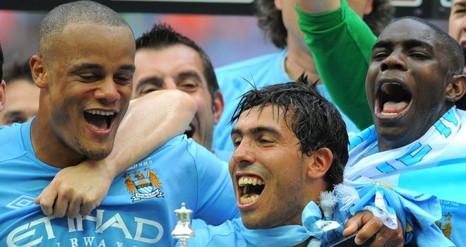 Vincent Kompany thinks Carlos Tevez is like a new signing
