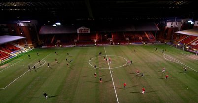 Brisbane Road: Waterlogged pitch