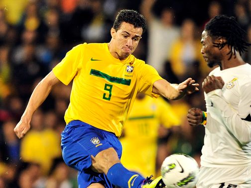 Leandro Damiao: Could be staying at Internacional