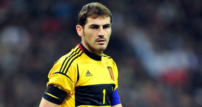 Iker Casillas: Impressed with England goalkeeper Joe Hart