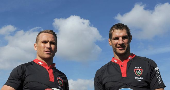 Matt Giteau and Simon Shaw are presented to the media by Toulon