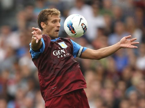 Stiliyan Petrov: Players are aware of Villa plans