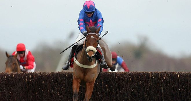 Colin Tizzard's Cue Card heads to Kempton in fine form