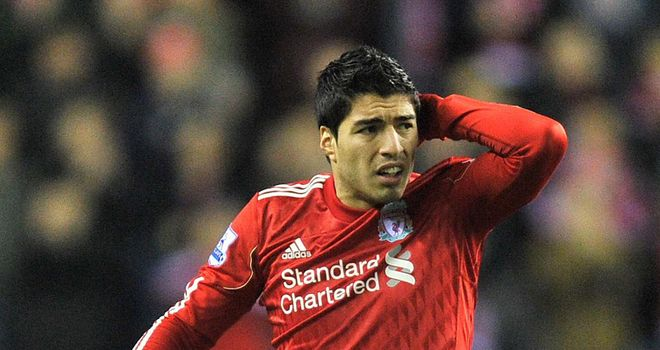 Luis Suarez: Sir Alex Ferguson says the FA's decision to ban him was correct