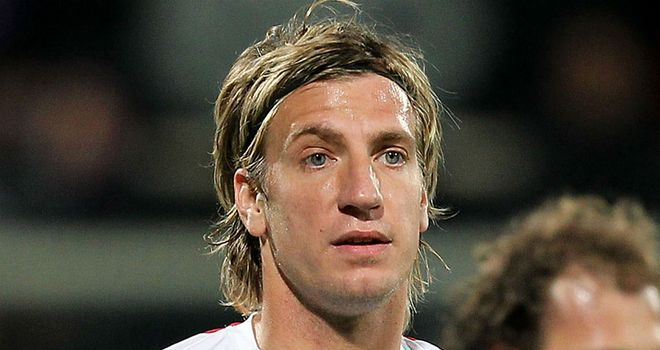 Maxi Lopez: Catania striker is an alternative target if Milan miss out on Carlos Tevez