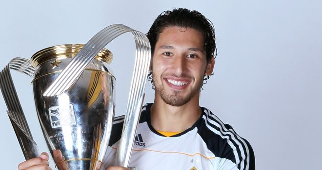 Omar Gonzalez: Linked with move to England