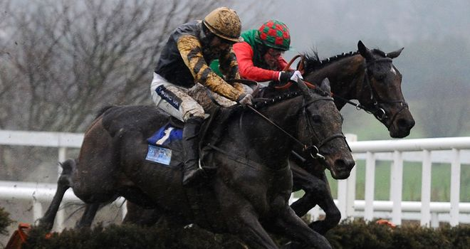 Boston Bob (near side): Already fancied for the RSA Chase