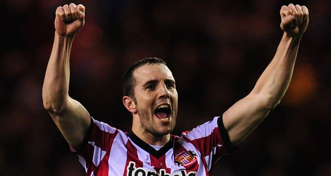 John O'Shea: Suffered a fractured hand in the draw with Newcastle last weekend