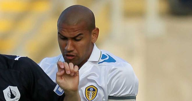 Patrick Kisnorbo: Leeds defender has initially signed for Ipswich until the end of the month