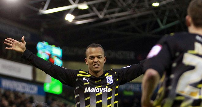 Robert Earnshaw: Back with Cardiff