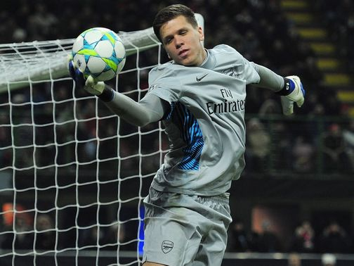 Szczesny: Arsenal would not settle for fourth place