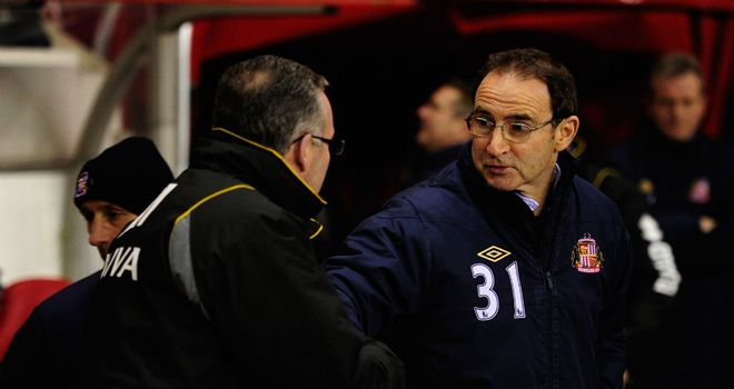 Martin O'Neill locks horns with former player Paul Lambert at the Stadium of Light