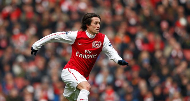Tomas Rosicky: Looking for Arsenal to challenge for a top-four spot